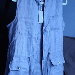 KENAR sleeveless hooded top